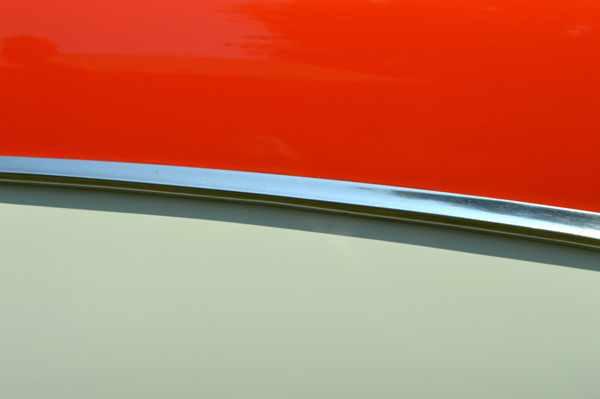 Cherokee Red & Dover White